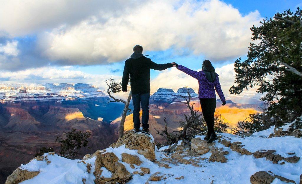 Arizona-canyon-view-winter-hiking